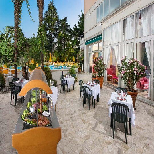 Hotel Terme Helvetia » Abano Terme   Ihr 4-Sterne Hotel